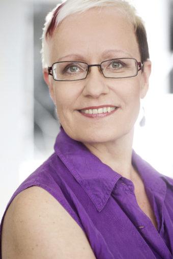 Johanna Sinisalo: Omaksi kuvakseen hän heidät loi